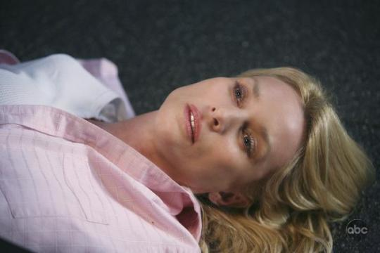Nicollete Sheridan as Edie on her final episode
