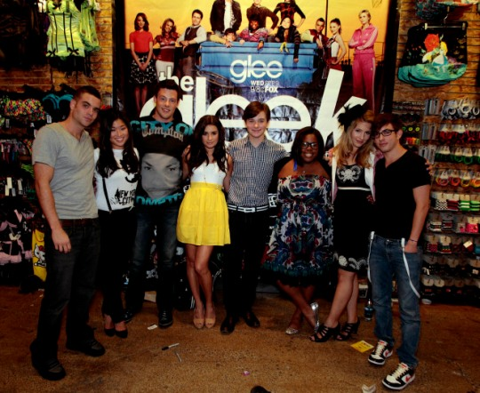 cast20090824_glee-malltour-hous_E-MallTour-Houston-018